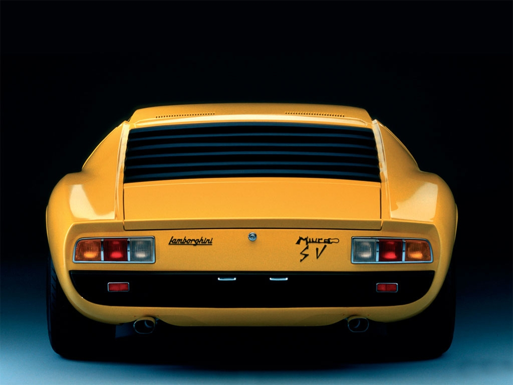 The Sports Archives Blog - The Sports Archives - The Lamborghini MIURA Super Sports Car