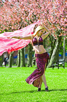 The Sports Archives Blog - The Sports Archives - The Benefits of Belly Dancing!