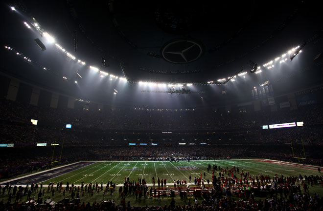 The Sports Archives Blog - The Sports Archives - The Super Bowl Lighting Disaster: What Went Wrong?