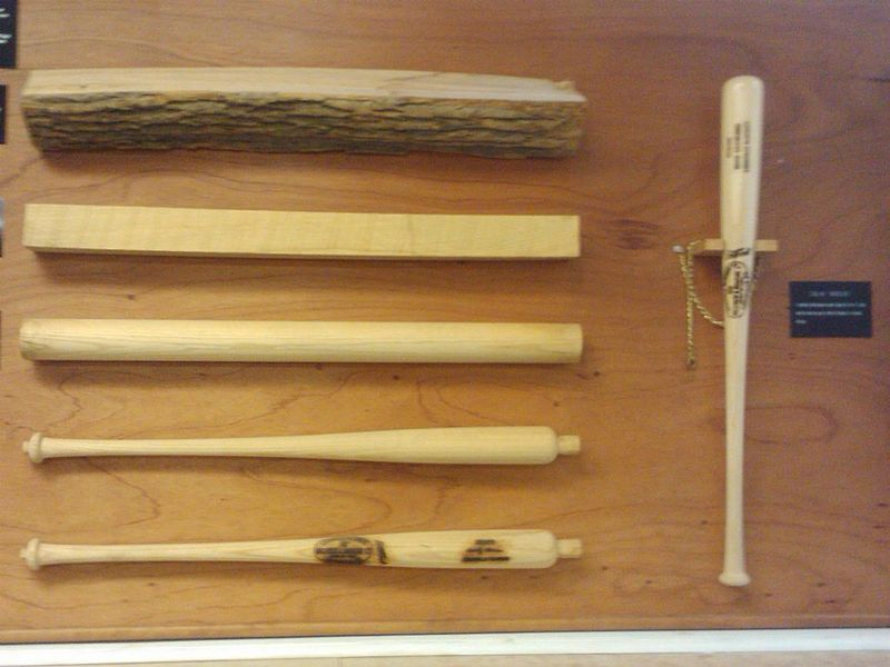 The Sports Archives Blog - The Sports Archives - Top 5 Louisville Slugger Baseball Bats!