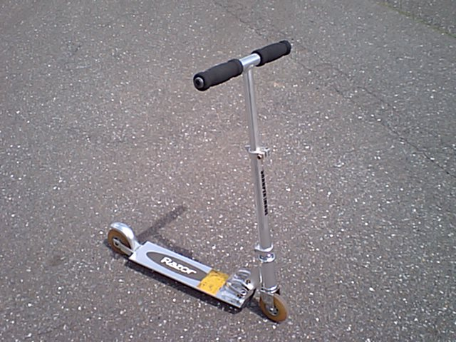 Early razor scooter