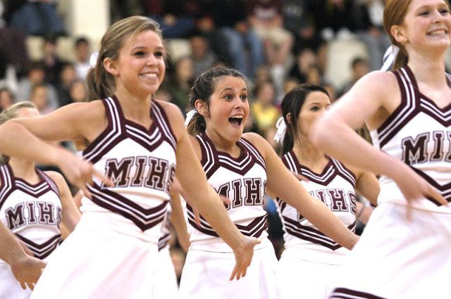 Mercer Island High School Cheerleaders