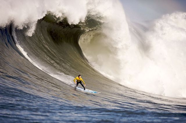 Mavericks Surf Contest 2010