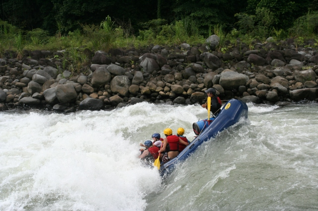 The Sports Archives Blog - The Sports Archives - My Most Exciting White Water Rafting Trip!
