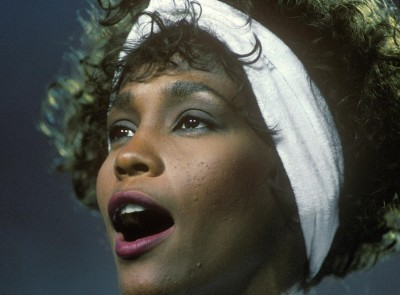 whitney-houston-national-anthem_400x295_55