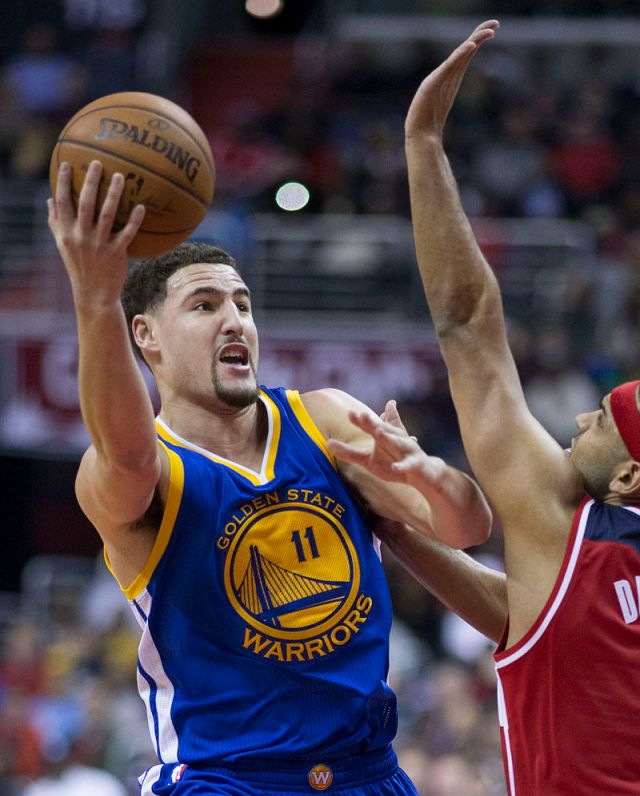 klay_thompson_vs-_jared_dudley